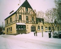 Haus im winter.jpg
