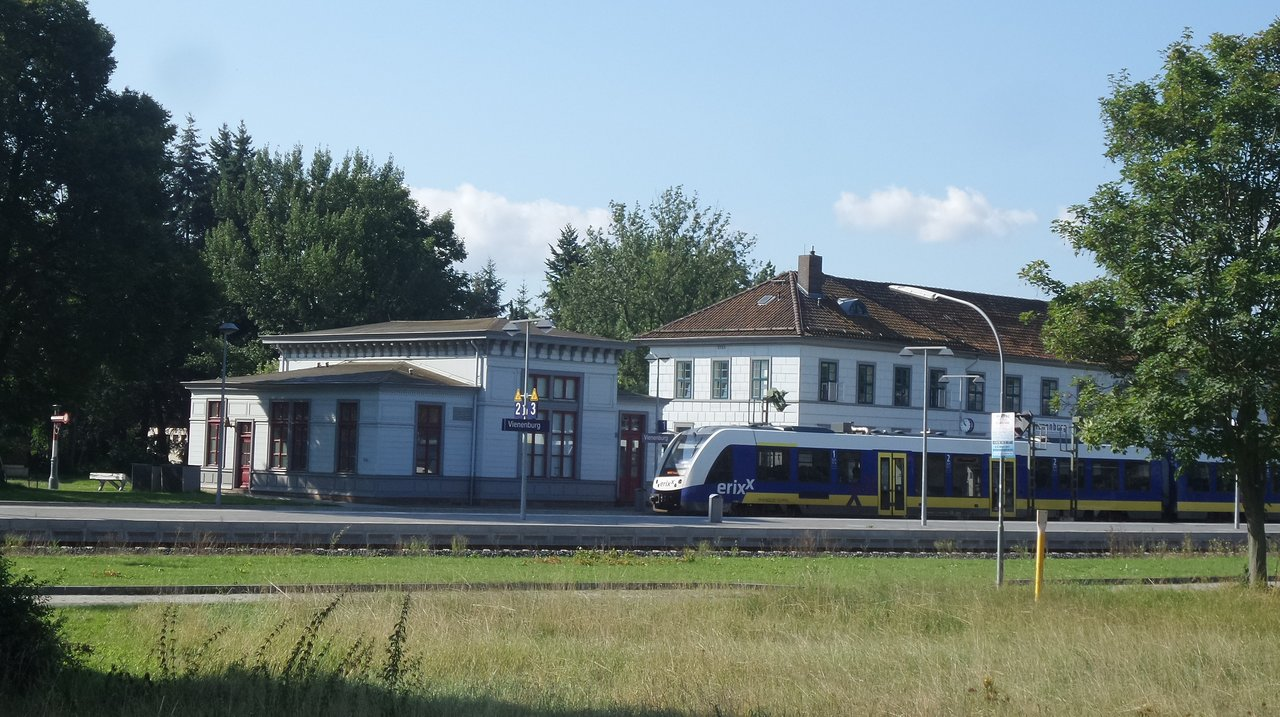 05 Vienenburg aeltester Bahnhof Deutschlands.jpg