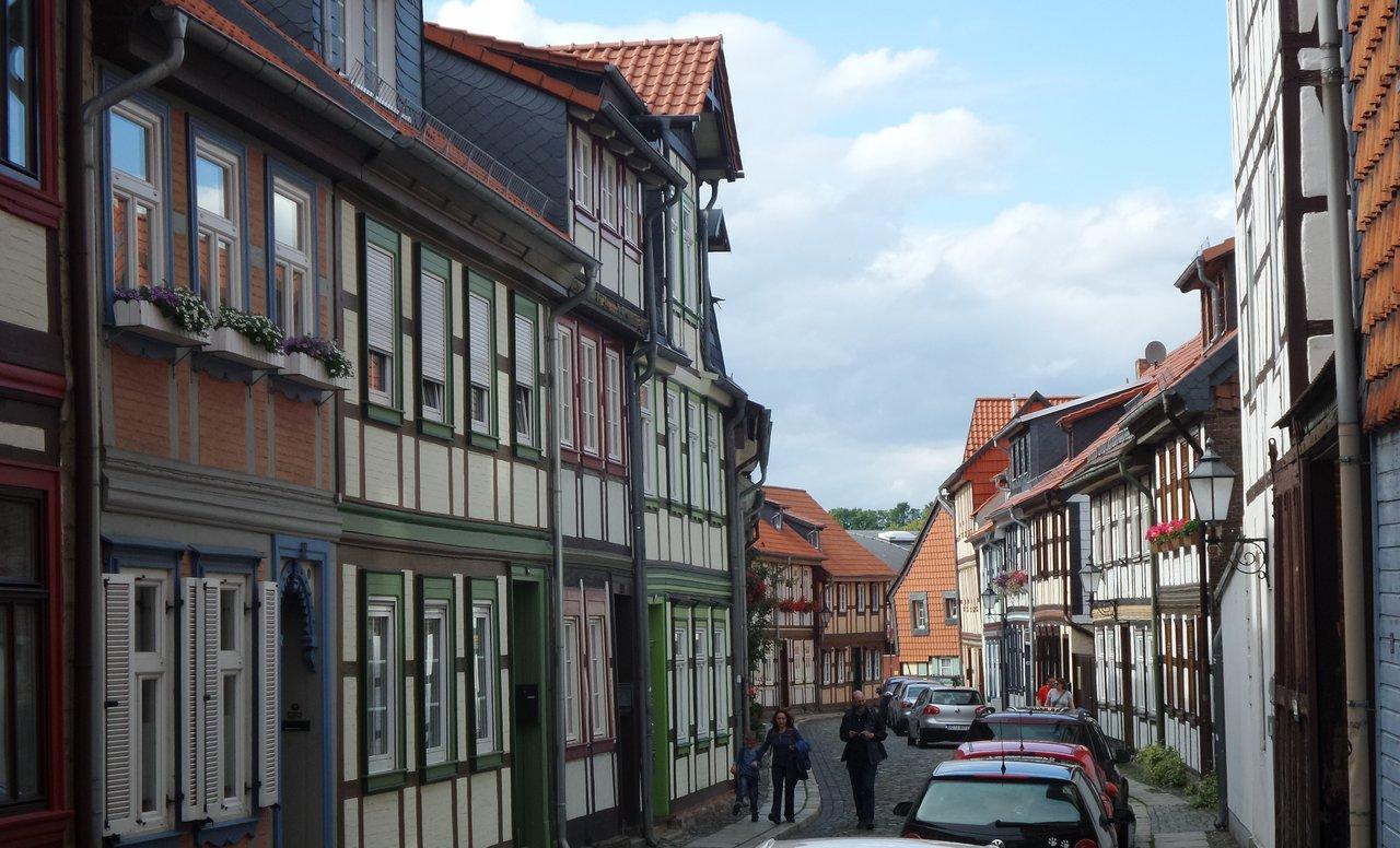 08 Altstadtgasse Wernigerode.jpg