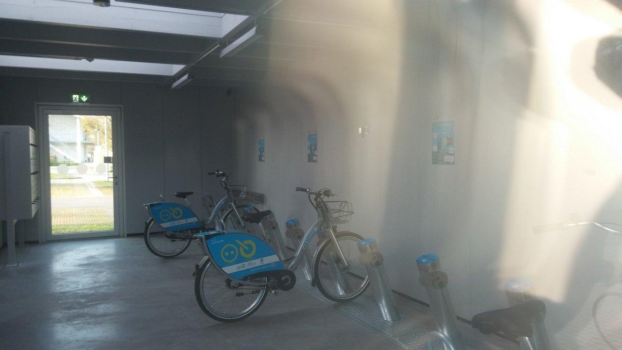 e-bike-station-20160410_181743.jpg