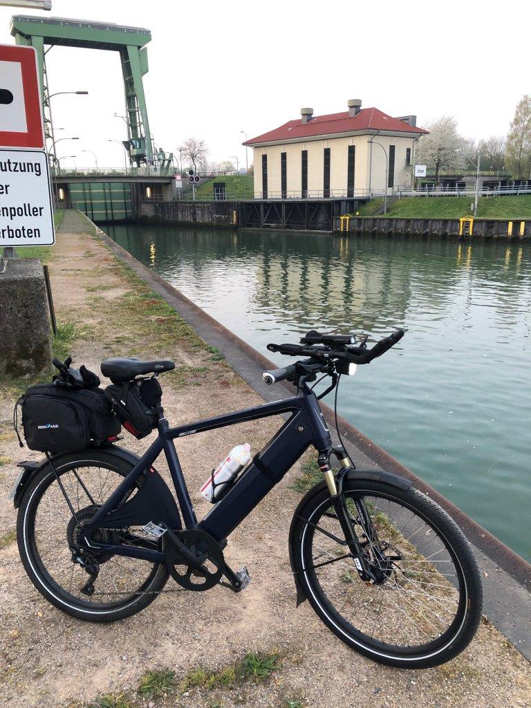 Kanal_Schiffshebewerk.jpg