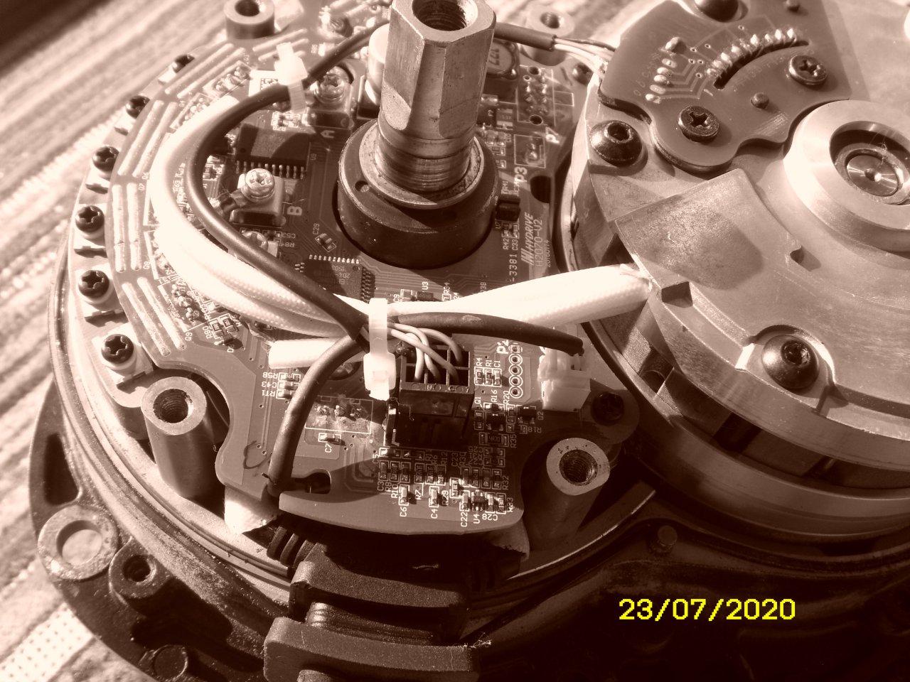 ST832519.JPG