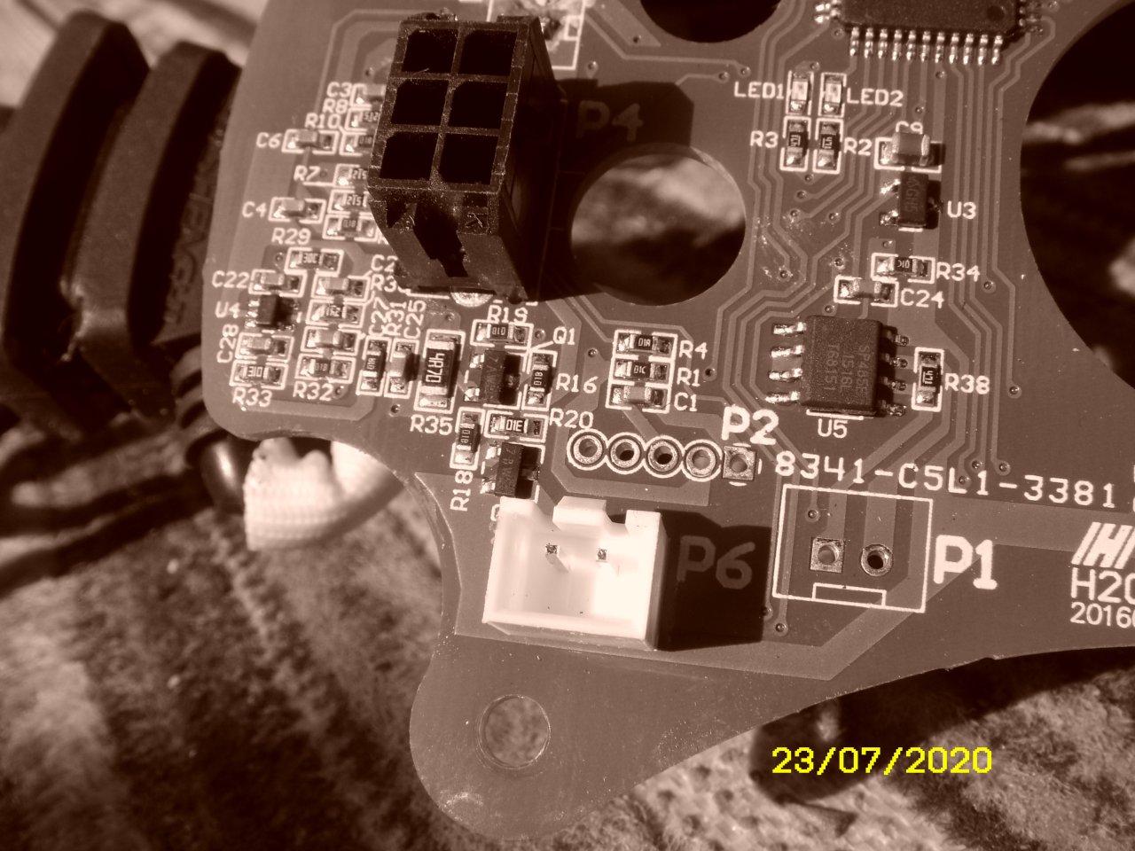 ST832525.JPG